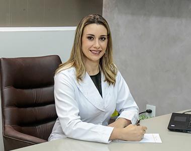 Dra. Karoline Medeiros